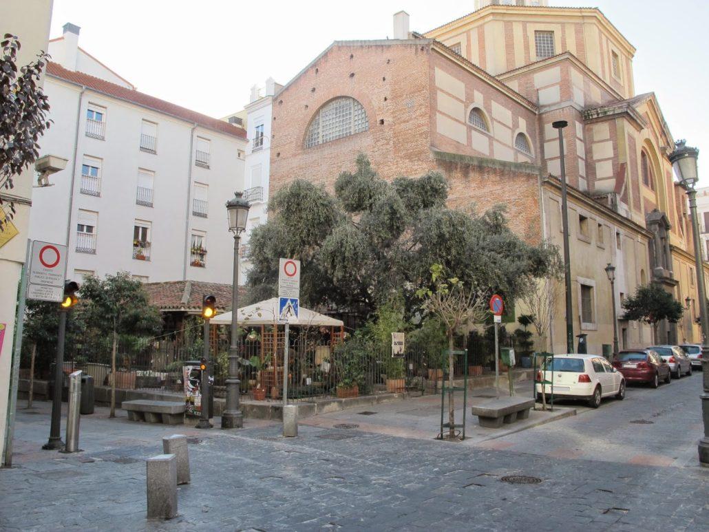 La zona del cementerio de San Sebastían, Actualmente es la Floristería Jardín del Angel.